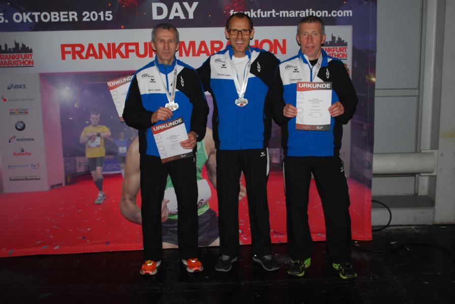 LGV_Frankfurt_Marathon_Siegerehrung01