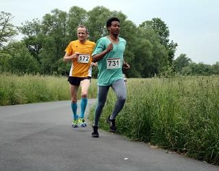 2. Platz Marathonstaffel Seligenstadt BSG Laufen Commerzbank Frankfurt